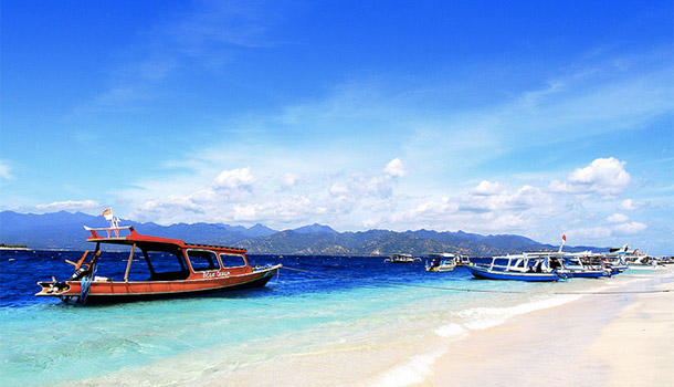 インドネシアのギリ・トラワンガン島 | skyseeker:空・雲の無料写真サイト