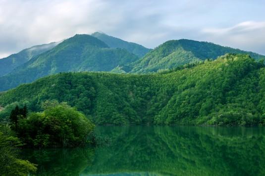 徳山湖(岐阜県揖斐郡)